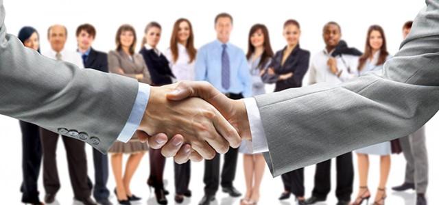 Concurs pentru ocuparea unei funcţii contractual vacante de muncitor calificat tr.II din cadrul Compartimentului sera de flori .